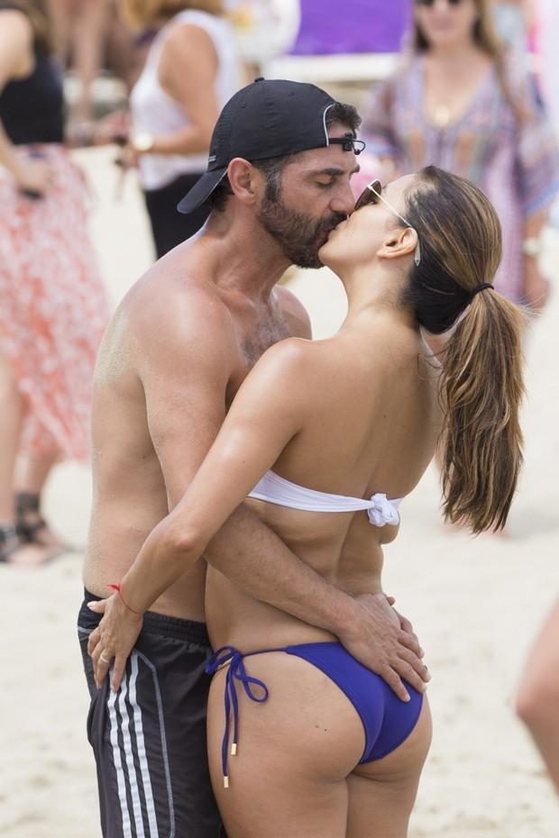 Eva Longoria e José Antonio Bastón (Foto: AKM-GSI)