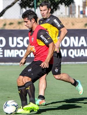 Guilherme e Leandro Donizete - Atlético-MG (Foto: Bruno Cantini)