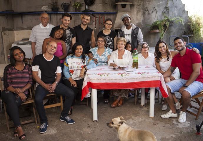 Família Santos Moura reunida no Esquenta Lá (Foto: João Januário/Globo)