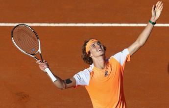 Jovem Zverev derruba Djokovic e é campeão do Masters 1000 de Roma