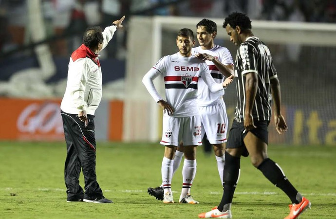 Muricy Ramalho e Ganso, São Paulo x Corinthians (Foto: Marcos Ribolli)