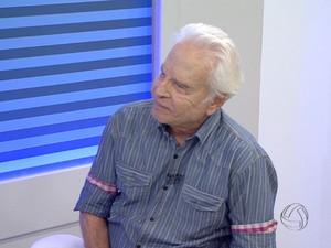 Cid Moreira participa de evento em igreja da capital (Foto: Reprodução/TV Morena)