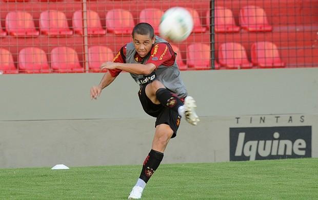 Felipe Azevedo - Sport (Foto: Aldo Carneiro / Pernambuco Press)