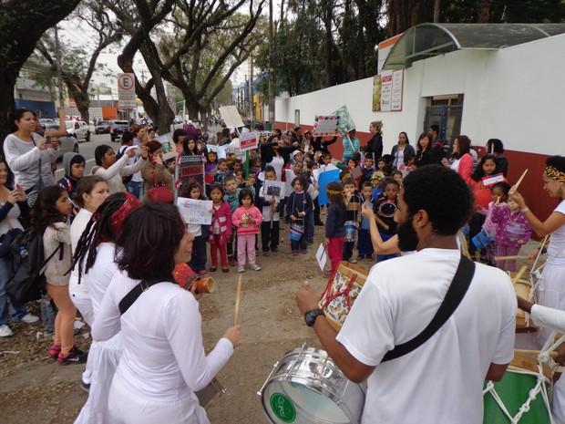 Bloco do Maracatu caminhou pelo bairro do Limão, em São Paulo (Foto: Divulgação)