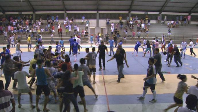 Confusão mancha a final do Roraimense de Futsal Sub-20 (Foto: reprodução TV Roraima)