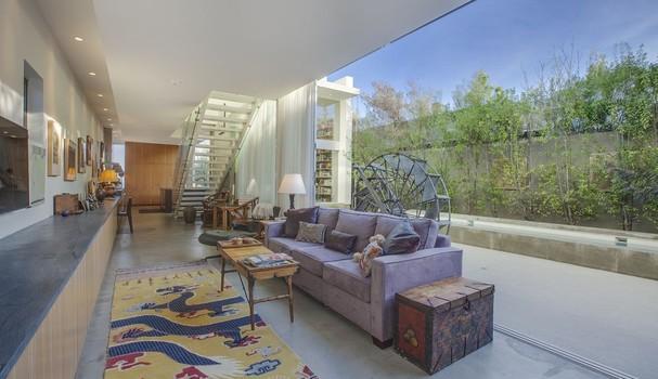 Emilia Clarke compra casa na Califórnia (Foto: Luke Gibson Fotografia/Cortesia de Jennifer Hughes/Bulldog Realtors)