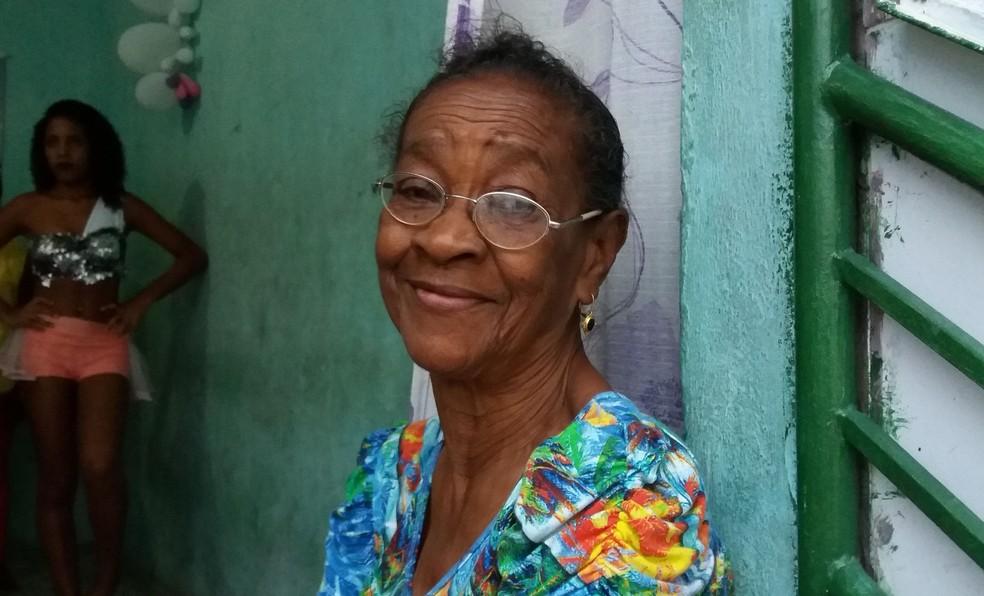Dona Gildete Silva, 77 anos, mãe do Gilmar. (Foto: Anderson Barbosa/G1)