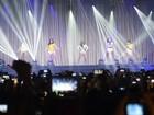 Fifth Harmony tem palco 'pobre' em SP e falhas; fãs compensam no gogó