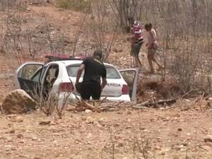 Criança, de cinco anos, foi encontrada morta em matagal com o corpo mutilado (Foto: Reprodução/TV Paraíba)