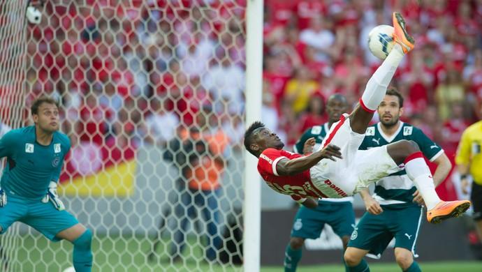 inter goiás gol paulão (Foto: Alexandre Lops/Inter)