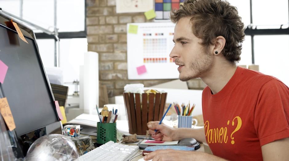 Jovem_alternativo_startup_trabalho_design (Foto: Thinkstock)