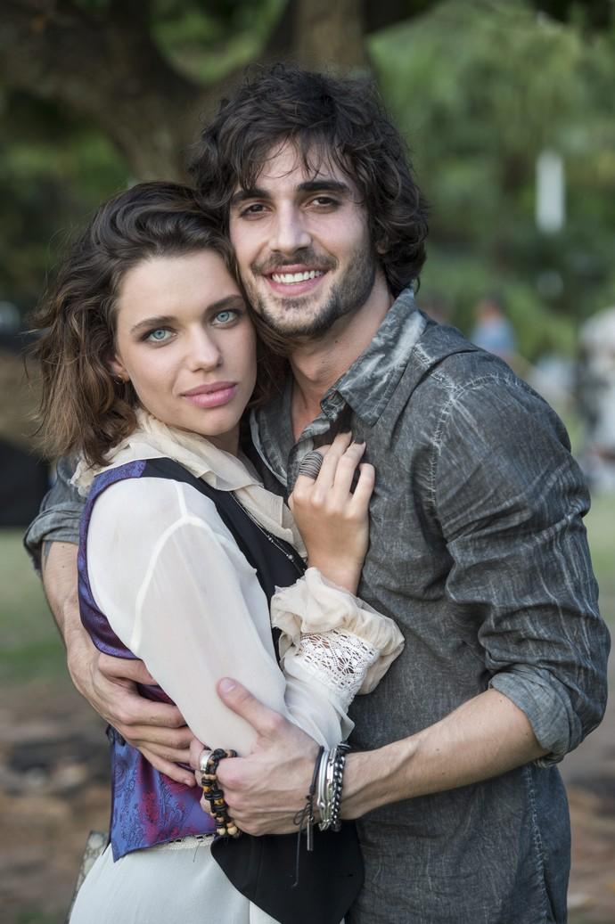 Bruna Linzmeyer e Fiuk estão em 'A Força do Querer' (Foto: Estevam Avellar/Globo)