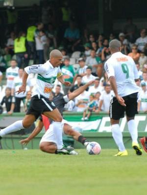 Alex Coritiba 1 x 1 Atlético Colón (Foto: Divulgação / Site oficial do Coritiba)