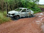 Ex de morto achado carbonizado em carro no DF assume crime, diz polícia