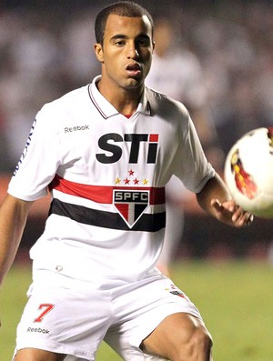 Lucas, S&#227;o Paulo e Universidad Cat&#243;lica (Foto: Vipcomm)