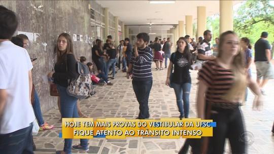 Vestibular 2017 da UFSC tem 17,67% de abstenção no segundo dia