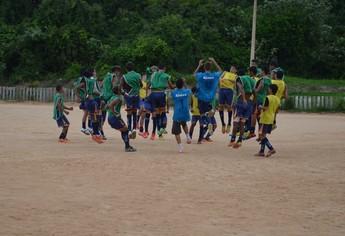 Jogadores sub-17 São Francisco (Foto: Gustavo Campos/GloboEsporte.com)
