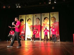 Espetáculo conta com a participação do público. (Foto: Divulgação.)