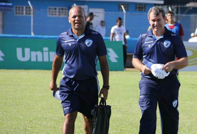Aléssio Antunes Claudio Tencati Londrina (Foto: Wellington Ferrugem/Londrina Esporte Clube)