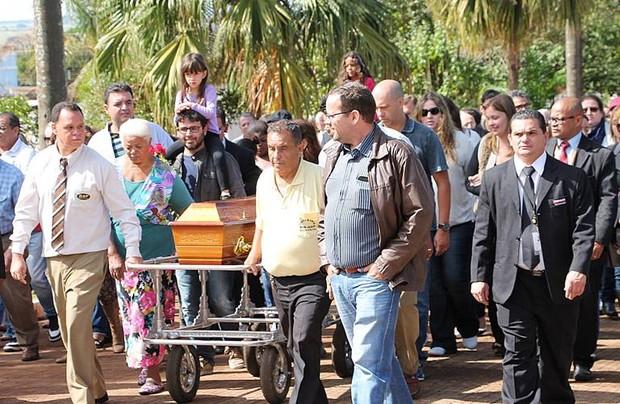 Umberto Magnani é sepultado em SP (Foto: Lucas Pereira / Divulgação)
