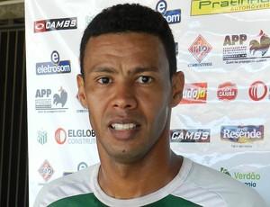 Robson, atacante do Uberlândia Esporte (Foto: Fabiano Rodrigues/GLOBOESPORTE.COM)