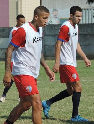 Douglas e Lucas (Foto: Valmir Custódio / GloboEsporte.com)