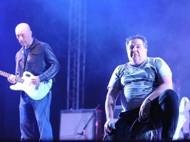 Nasi e Edgard Scandurra levantaram o público em Rio Preto (Foto: Ricardo Boni)