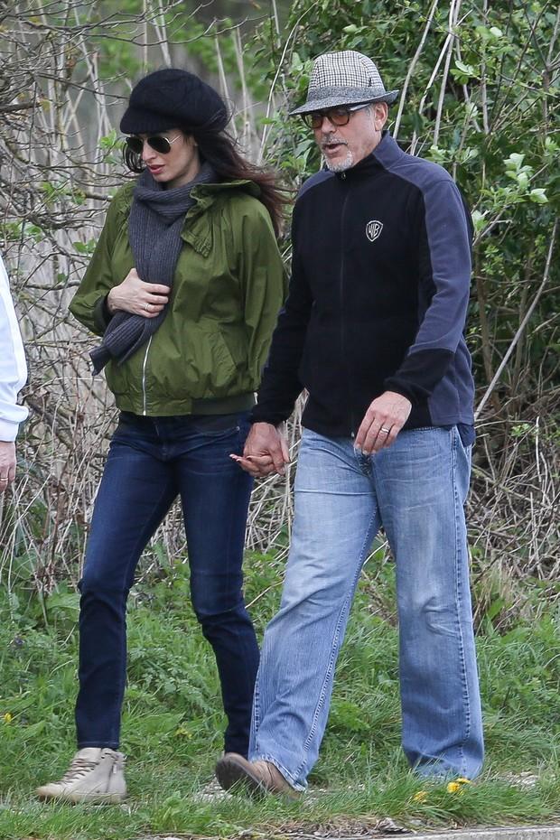 Amal Alamuddin e George Clooney (Foto: Grosby)