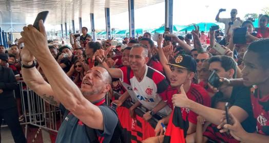 selfie  do ídolo (Gilvan de Souza)