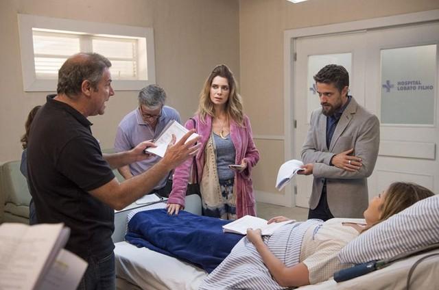 Marcelo Travesso dirige Marcello Novaes, Letícia Spiller e Rafael Cardoso  (Foto: Estevam Avellar/ TV Globo)