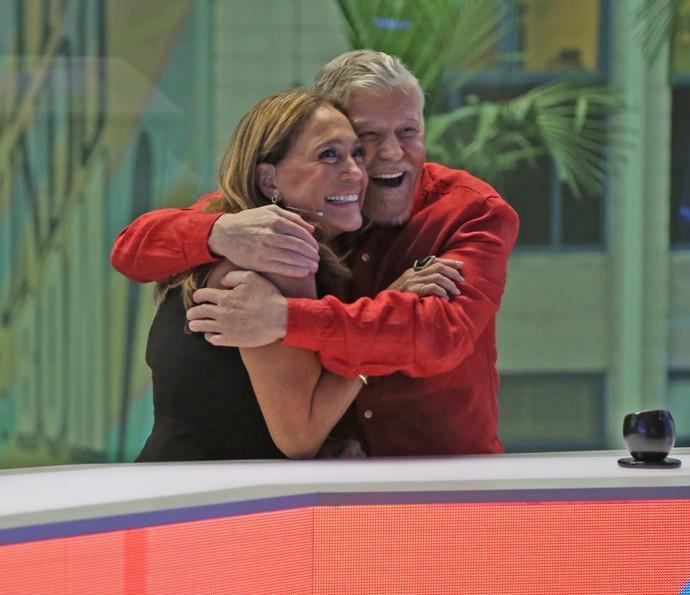 Susana Vieira e Miguel Falabella comemoram apresentação do 'Vídeo Show' (Foto: Isabella Pinheiro / Gshow)