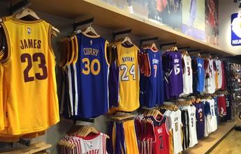 NBA lança loja oficial no Rio: quadra, videogame e camisas personalizadas