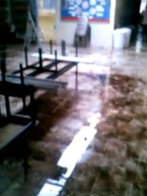 Chuva interdita creche na zona norte de Sorocaba (Foto: Arquivo Pessoal/Gisele Jacob)