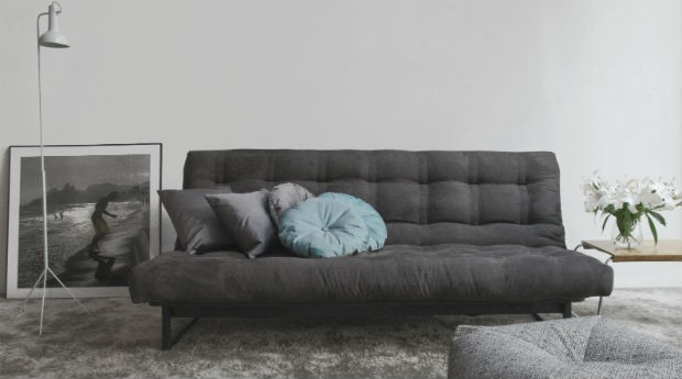 casal de franceses fatura r 3 milh es vendendo futons pegn banco de ideias. Black Bedroom Furniture Sets. Home Design Ideas