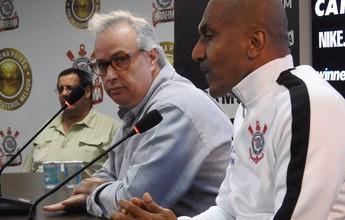 """Presidente defende Cristóvão e vê planejamento do Corinthians """"perfeito"""""""