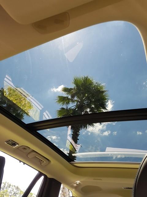 Teto solar do Volvo XC90  (Foto: Daniel Salles)