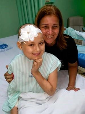 Rosali Cortez cuidou de Fernanda por um ano e oito meses (Foto: Divulgação/Hatmo)