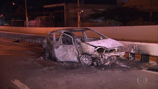 Homem morre queimado em acidente de carro em Contagem, na Grande BH