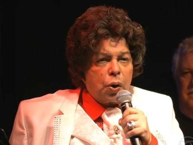 Cauby Peixoto, em show no Centro de São Paulo (Foto: Reprodução/TV Globo)