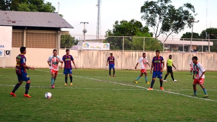 Barcelona (foto) e Tiradentes disputam final no dia 10 de novembro, no estádio Ribeirão (Foto: Bruno Willemon/GLOBOESPORTE.COM)