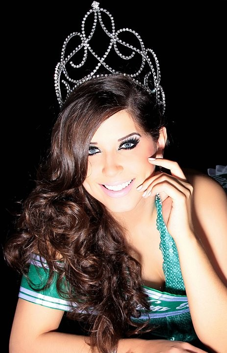 Andressa Ganassin 'Big Brother Brasil 2013' (Foto: Reprodução / Facebook)