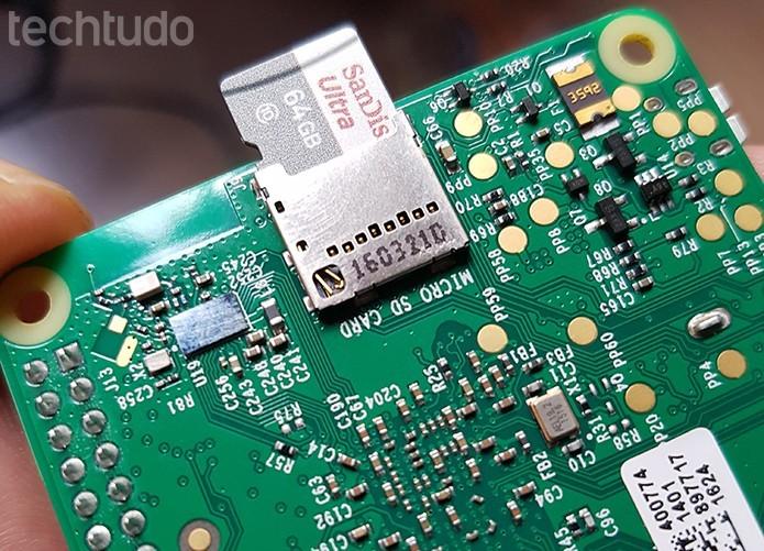 É essencial investir em cartões de memória de maior qualidade e performance (Foto: Filipe Garrett/TechTudo)