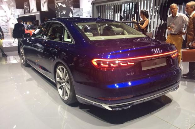 Novo Audi A8 é revelado em Barcelona (Foto: Julio Cabral/Autoesporte)
