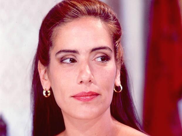 Glória Pires como Raquel na novela