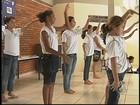 Programa escolar procura voluntários na região de Rio Preto, SP