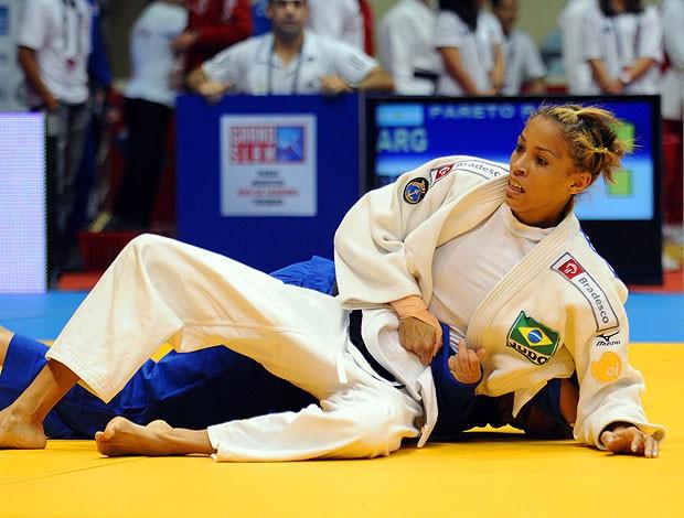 Taciana Lima na luta de judô (Foto: Fotocom.net)