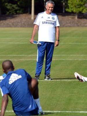 Mourinho treino Chelsea (Foto: Divulgação / Site Chelsea)