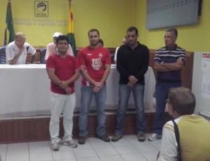 Parte da nova diretoria do Rio Branco (Foto: Duaine Rodrigues)