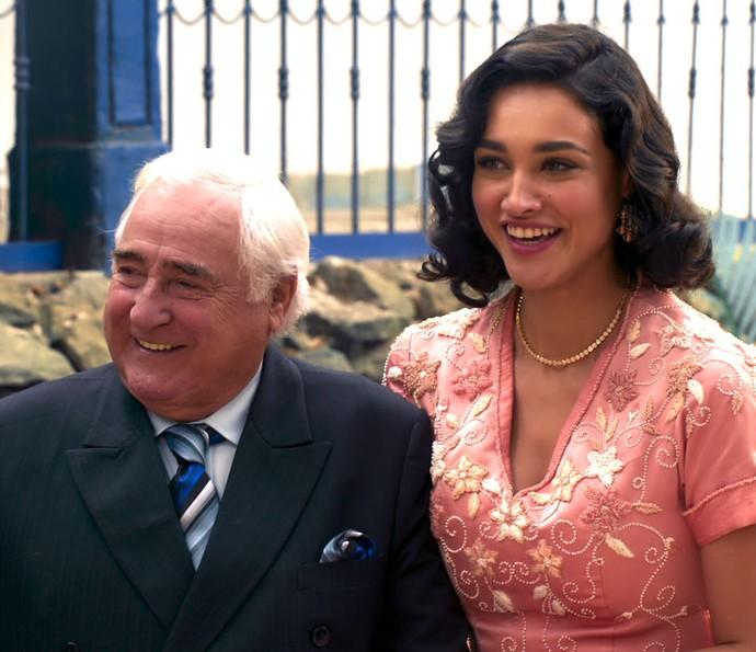 Fragoso conhece a fazenda da família de Filomena (Foto: TV Globo)
