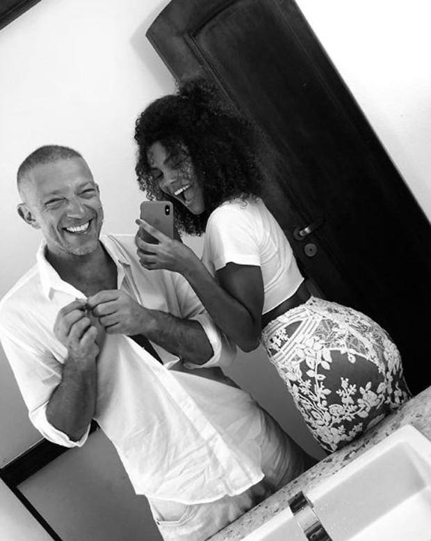 Vincent Cassel e Tina Kunakey Di Vita (Foto: Reprodução/Instagram)